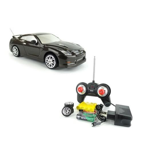 Машина для дрифта Nissan Skyline GT-R 1:24 (cветящиеся фары)